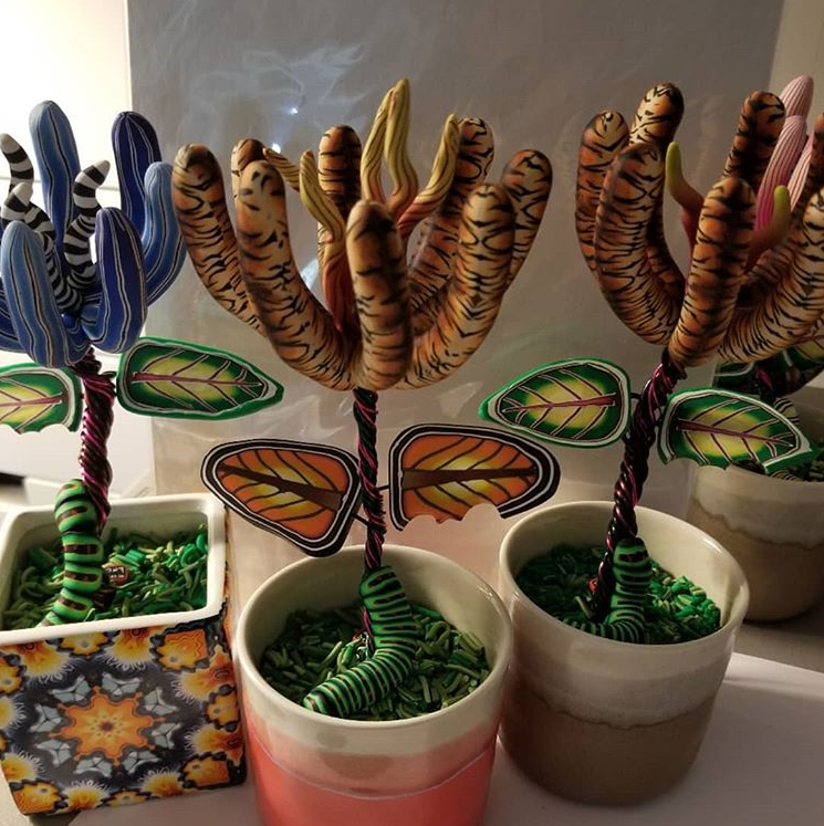 tiger lily sculptures
