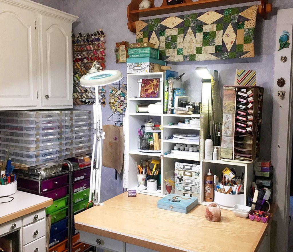 Sandy Huntress studio